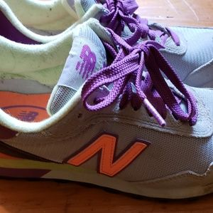New Balance Sneakers - Size 7